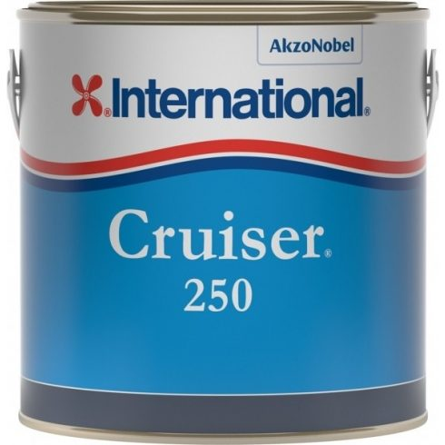 International Cruiser 250 tört fehér 2,5 l